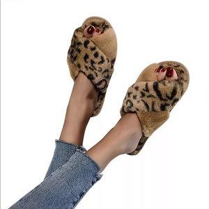 1left!❤️Quarantine Lounge Slippers in Tan❤️